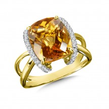 Citrine & Diamond Ring in 14k Yellow Gold